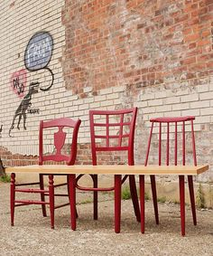 #upcycling - Home made bench - you need just 3 old chairs, board and color - #DIY