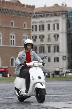 Audi, Bmw, Vespa Scooters, Car Engine, Dream Cars, Motorcycle, Bicycles, Vehicles, Princess