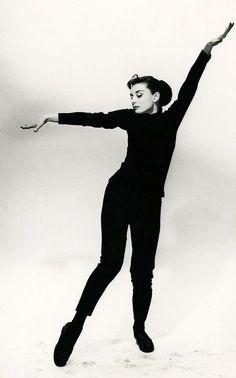 Audrey Hepburn Funny Face 1957 #artistchic