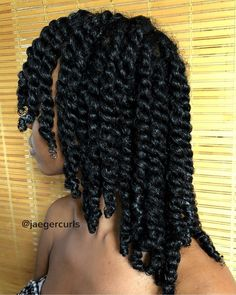 Indian powders on frizzy and curly hair Pelo Natural, Natural Hair Tips, Hairstyles For Natural Hair, Braid Out Natural Hair, Havana Twist Hairstyles, Natural Twists, Dreadlock Hairstyles, Natural Hair Growth, Natural Hair Journey