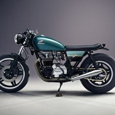 lemoncustommotorcycles:  by motorcyclecafe http://ift.tt/1xevTUqwww.caferacerpasion.com