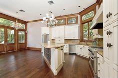 Airy kitchen wood floors