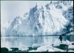 Shackleton's Endurance expedition: New Fortuna Glacier (Frank Hurley, 1915)