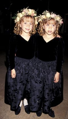 19 Pre-The Row Olsen Twins Looks That Prove Style Has Always Been Their Thing Michelle Tanner, Mary Kate Ashley, Mary Kate Olsen, Ashley Olsen, Olsen Twins Full House, Dj Tanner, Famous Twins, Cute Twins, Twin Outfits