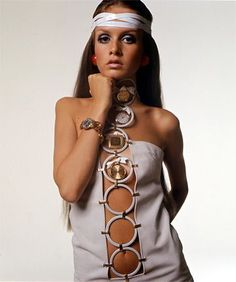 Twiggy introduced the age of models who looked anorexic, but I loved her look anyhow!!  I remember the first time my dad showed me pictured of her.