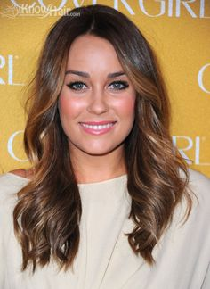 #hair color #bronde If you're looking to lighten up your brunette hair then consider choosing a bronde hair color. It allows you to have both the brunette look for dark sophistication and a highlights of blonde that provide whimsy, personality, is the best of both worlds!