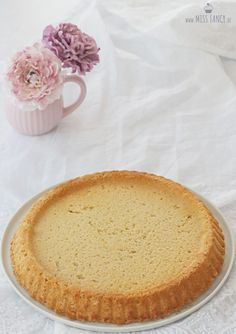 Grundrezept Mandelboden für einen Obstkuchen A wonderfully juicy and fluffy, as well as gluten-free almond bottom as the basis for your fruit cake for coffee. Dog Food Recipes, Keto Recipes, Cake Recipes, The Great British Bake Off, Rich Recipe, Basic Recipe, Recipe Tips, Cinnamon Cookies, Homemade Chocolate