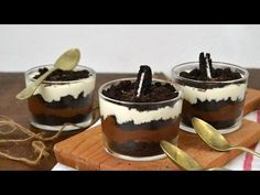 Oreo cheesecake trifle o vasitos de tarta de queso con Oreos ¡Un postre muy goloso! Cheescake Oreo, Cheesecake Trifle, Oreo Cake, Oreos, Dessert Shooters, Delicious Desserts, Yummy Food, Oreo Ice Cream, Mini Cheesecakes