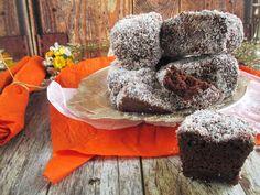 NoCarb - sütőtökös-narancsos-kókuszos -csokis-álomHozzávalók: 8dbElkészítési idő: 40 perc+hűtés225g NoCarb kakaós muffin por50 mlpeleolaj150 g eritrit320 ml víz50 g olvasztott csokoládé50 g sütőtökpüré60 ml facsart narancsléA mázhoz: