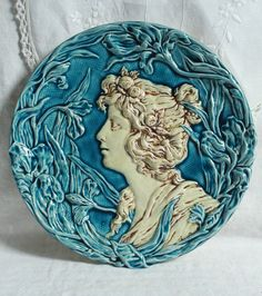 EXQUISITE ANTIQUE HUGE FRENCH ART NOUVEAU PLATE WALL MAJOLICA DECORATIVE