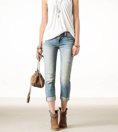 Jeans, a white shirt, and brown accessories. Love!
