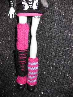 Ravelry: Monster High Doll Leg Warmers free knitting pattern by Mrs Lettice Weasel