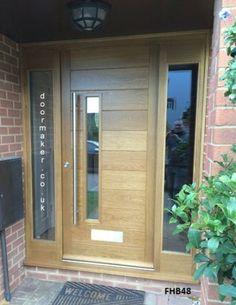 Front door handles modern entrance Ideas for 2019 Cottage Front Doors, Oak Front Door, Front Door Handles, Wooden Front Doors, House Front Door, House Doors, Garage Doors, Modern Entrance Door, Modern Front Door