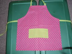 Super simple apron idea.