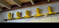 Nieke Koek, Yellow.  5 Frames of man who's saying 'Yellow'