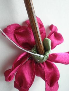 4425308_7 (525x700, 206Kb) Ribbon Embroidery, Band, Ribbons, Sash, Ribbon Sewing, Bands