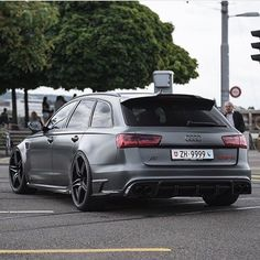 Which is the best side? (pic 2) ... or the rear? ABT Audi RS6R in Zurich @srs_swissreachstreets ---- oooo #audidriven - what else ---- . . . . #AudiRS6 #Audi #RS6 #RS6R #RS6Avant #quattro #4rings #drivenbyvorsprung #audirings #greyRS6 #audicolor #blackwheels #audilove #audilover #audilovers #quattro #fourrings #audisport #car #carporn #turbo #supercar #cars #cargram #audizine #audigramm #zurich