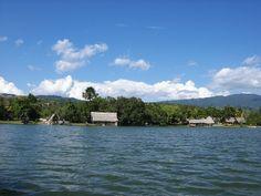 Laguna Azul, Sauce, Tarapoto. Perú