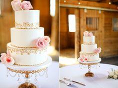 Lexington Kentucky Barn Wedding Cake