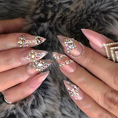 ✨ Fame & Fortune ✨ Fairy dust pigment supplied by @galaxynailsupply 💅🏻 #glamourchicbeauty #glamourchic #gcnails #goldcoastnails #swarovskinails #blingnails #sharpnails #nailart #nailartclub #nailartoohlala #naildesign #prettynails #notd #nails #nailsoftheday #nailsofinstagram #nailswag #nailsmagazine #nailprodigy #nailpro #nailporn #nailpromag #nailedit #nailit #nailitmag #nailfashion #swan_nails #thenaillife_ #hudabeauty #vegas_nay