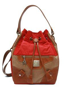Descubra os novos modelos da Cavalinho! Discover the new Cavalinho handbags! Ref: 1110116