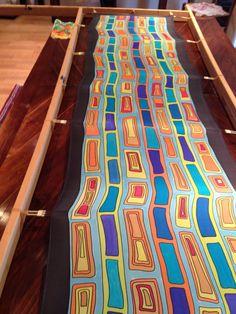 Handmade Silk scarve Shibori Fabric, Silk Fabric, Hand Painted Fabric, Painted Silk, Silk Image, Hand Embroidery Dress, Painting Templates, Africa Art, Silk Art