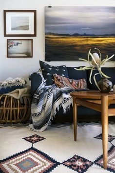 Cozy Boho - 15 Rooms From Pinterest That Are Giving Us MAJOR Fall Vibes - Photos