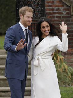 Prins Harry og Meghan Markle: - Hedrer Diana med Meghans forlovelsesring - Dagbladet