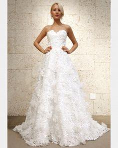 Oscar de la Renta, Fall 2012  #OscardelaRenta #Bridal