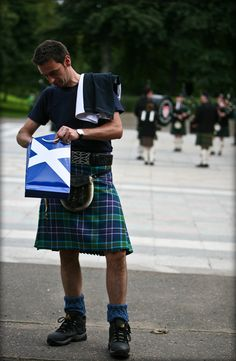 Scottish kilt! I would looooooove to see my hubby in one of these! Yum!