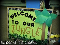 Echoes of the Creator: bulletin boards Preschool Jungle, Preschool Decor, Preschool Bulletin Boards, Preschool Activities, Bullentin Boards, Jungle Theme Classroom, Classroom Themes, Rainforest Classroom, Classroom Organization