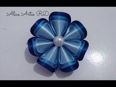 15 Ideas for origami tutorial fabric hair clips Satin Flowers, Felt Flowers, Fabric Flowers, Diy Flowers, Hair Ribbons, Ribbon Hair, Fabric Ribbon, Hair Bow Tutorial, Flower Tutorial