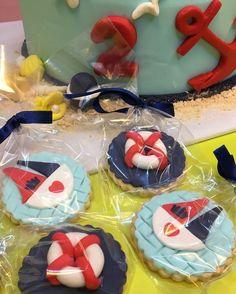 Denizci Kurabiyeleri - Melek Anne Kurabiye Anne, Cupcake, Birthday Cake, Desserts, Food, Tailgate Desserts, Deserts, Cupcakes, Birthday Cakes