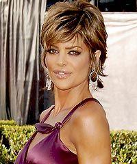 lisa rinna 2009 hairstyle - http://hairstylic.com/lisa-rinna-2009-hairstyle/