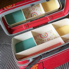 train case-this would be cute for keeping all my planner stuff together