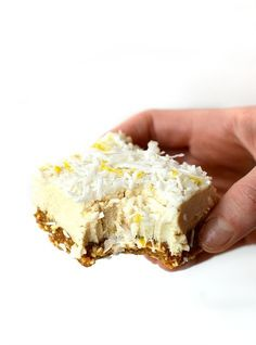 sub out the honey. These raw Lemon Coconut Cheesecake Bars are naturally sweetened, gluten-free, vegan, paleo, and a perfectly refreshing dessert! Raw Vegan Desserts, Vegan Dessert Recipes, Vegan Treats, Raw Food Recipes, Sweet Recipes, Vegan Raw, Health Desserts, Lemon Coconut Bars, Coconut Cheesecake
