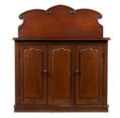 An Australian cedar sideboard, South Australian origin, mid 19th century / MAD on Collections - Browse and find over 10,000 categories of collectables from around the world - antiques, stamps, coins, memorabilia, art, bottles, jewellery, furniture, medals, toys and more at madoncollections.com. Free to view - Free to Register - Visit today. #Furniture #Australian #MADonCollections #MADonC Colonial Furniture, Antique Furniture, Art Decor, Home Decor, Sideboard, 19th Century, Bottles, Coins, Mad