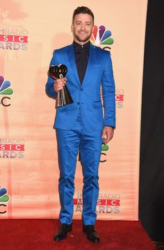 Justin Timberlake exemplified the dapper #Versace man at the ‪#‎IHeartAwards‬ last night in a full Versace look while winning the iHeartRadio Innovator Award. ‪#‎VersaceCelebrities‬