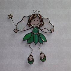 Suncatcher Stained Glass Fairy Princess par FoxStainedGlass sur Etsy