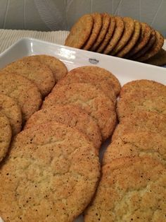 Kanelipikkuleivät Cooking Recipes, Healthy Recipes, Charcuterie Board, No Bake Cookies, Banana Bread, Biscuits, Sweet Tooth, Food And Drink, Sweets