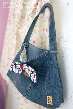 Denim Bag, Bag Tutorials and How To Make Handbags Tutorial