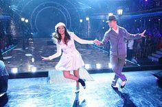 Derek Hough & Bethany Mota dance to Gene Kelly's famous Dancing In the Rain  -   Dancing With the Stars  -  Season 19  -  week 3 Movie Night  -   9/29/2014