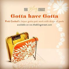 Get yourself the Jaipur #gottapati work #clutch bags by @pinkcocktail_clutches #cocktailbags #weddingbags #bags #partybags #authenticdesignerbags — with Pink Cocktail.