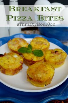 Breakfast Pizza Bites, Ham Cheese Hashbrown and Eggs.  This Quick and easy recipe an even be made the night before #Breakfast #eggs #Pizza #...