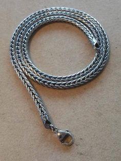 Rævehale sølvkæde. oxideret.  #### Skal bestilles hjem.. ### diameter 4,3mm Længde 45cm: 1040 kr Længde 50cm: 1140 kr. Længde 60cm: 1475 kr