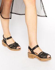 Sandalias planas con detalle trenzado en negro Lizzy de Truffle Collection