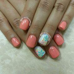 Hawaii nails. Vacation nails. Floral nails. Coral. #PreciousPhanNails