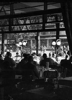 Berlin 1938 Café Kranzler am Kurfuerstendamm innenansicht