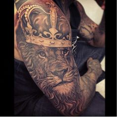 40 Best Lion Crown Tattoo Designs Images Crown Tattoo Design