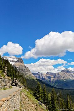 Going to the Sun Road - one of the most famous scenic drives in the world (+ 9 Wonderful Things to Do in Glacier National Park) // http://localadventurer.com